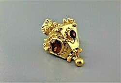 Vintage 18k Yellow Gold Victorian Style Pendent With Citrine And Garnet