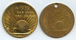 Pair Of 1939 Worlds Fair Medals 8836 Rockefeller Center 31mm And George Wash.