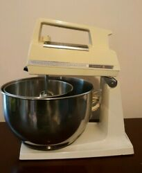 Vintage General Electric 420a 1970s Mixer With Silver Bowls