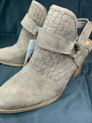 Womenand039s Olive Back Strap Heeled Bootie - Universal Thread Taupe Brown