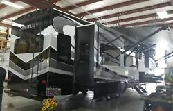 2019 Grand Design Solitude 384GK Luxury 5th Wheel Lots of Extras Included