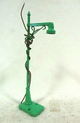 Lionel No 64 Highway Lamp Post O Scale Model Railway Train Layout Accessories