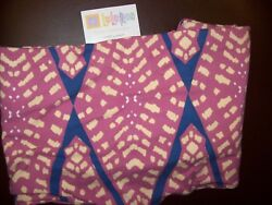 Lularoe TC LEGGINGS BRAND NEW WITH TAG ............great gift