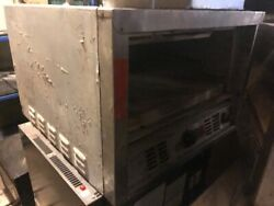 Bakers Pride Pizza Oven - No Front Door Included - - Need This Sold - Offer