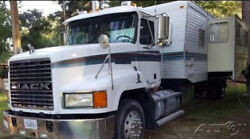 1999 Fleetwood Mallard Trailer Mounted on a 1999 Mack 613 Semi Truck FSBO