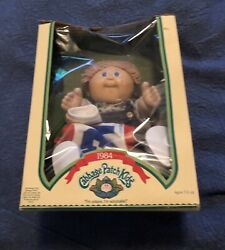 Original 1984 Cabbage Patch Doll Owen Justin With Birth Certificate New In Box