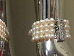 Natural Pearl Beads Bracelet 7 Inch With White Gold Clasp And Diamonds