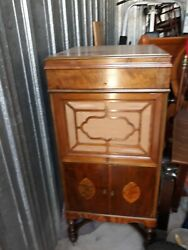 Antique Cheney Wind Up Console Phonograph Works Great. 1912 Era Approx.