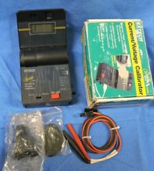Extech Oyster 412355 Current And Voltage Calibrator Meter And Test Lead Probe And Case