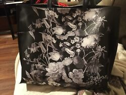 large capacity tote bags for women $25.00