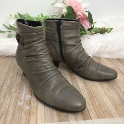 Womens Clarks Leather Ankle Boots sz 7.5 M Side Zip Ruching