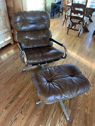 Vintage Milo Baughman For Directional Lounge Swivel Chair And Foot Stool