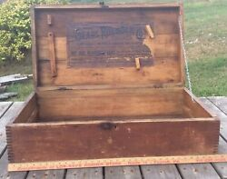 Antique Primitive Sears And Roebuck Wood Carpenters 3 Plank Dovetail Wood Chest