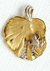 Signed 18k Yellow And White Gold Lily Pad Frog 1/6 Cttw Diamond Pendant Cat B1485