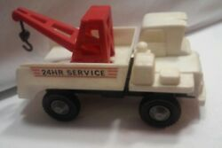 1960's Remco Play Set 24 Hour Service Gas Station Euclid Toy Tow Truck Wrecker