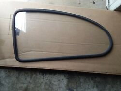 Late 60and039s Early 70and039s Volkswagen Rear Side Window Dot 35 As2 M66