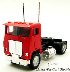 White Road Commander Red Single Axle Day Cab Ho 1/87 Scale Promotex 25236-rd