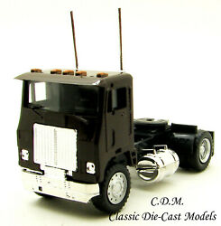 White Road Commander Brown Single Axle Day Cab Ho 1/87 Scale Promotex 25236-bn