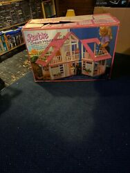 Vintage 1985 Barbie Dream House Box, 1986 Barbie Displays Strong And Nice