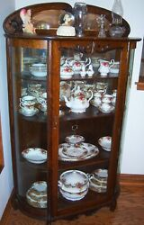 Beautiful Antique China Cabinet Adjustable Shelves, Curved Glass, W/ Key Lock.