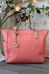 Calvin Klein Women's large Pink Leather Tote bag Pre-owned Dressy or Casual $60.00