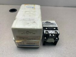 New In Box Agastat 125vdc Timer 5-50 Sec. Timing Relay E7022pd004