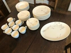 Calvin Klein Dinnerware Thistle 5 Piece Set Of 8 With Platter Never Used Rare