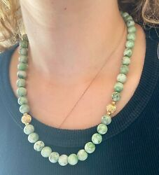 Fine Jade Beads Necklace Fine Green Colors And Gold L=20 Grams=71.20