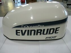 Evinrude 115 Hp Ficht Outboard Motor Hood Off A 1998 Year Motor