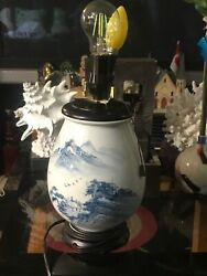 Big Fine Chinese Porcelain Decorated Night Table Lamps Vintage