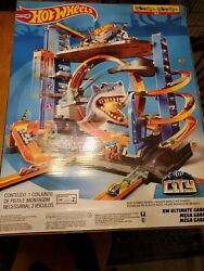 Hot Wheels Super Ultimate Garage Playset Cars Collectible Fun Space Ship Set New