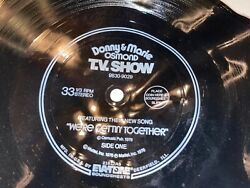 """1976 Donny And Marie Osmond 33 1/3 Record """"we're Gettin' Together"""" Mattel Evatone"""