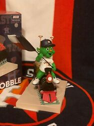 Astros Orbit Bobblehead Of The Month Jan 2019 Fanfest Exclusive Limited To 300