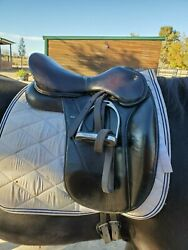 Wow Dressage Saddle 17 Inch Adjustable Tree And Flair Completely Modular