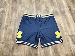 Vintage Authentic Nike Michigan Wolverines Basketball Shorts Fab Five Sz 38 Rare