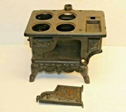 Vintage Miniature Cast Iron Stove, Toy, Advertising Sample W/cookware. Crescent.