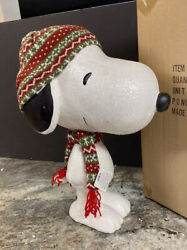 Dept 56 Peanuts Large 17quot; Big Dog Snoopy Hat Scarf Door Greeter Christmas Statue