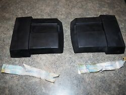 Volvo 1246800-5 And 1246799-9 Volvo 240 Bumper Ctr Strip / Right And Left New Oem