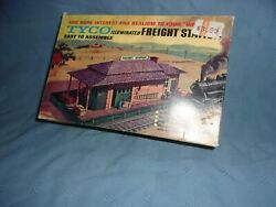 Vintage Tyco Illuminated Freight Station For Ho Scale Trains