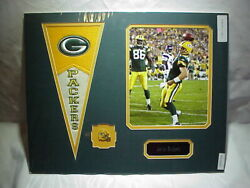 Green Bay Packers Aaron Rodgers Photo Nameplate Pennant And Pin Collage 16x20 B14
