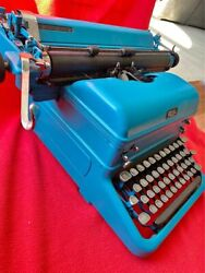 Antique Rare Vintage Typewriter Well Maintained Writing Instrument Collectible