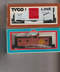 Lot Of 2 H O Scale Mechanical Train Cars Tyco Model Power
