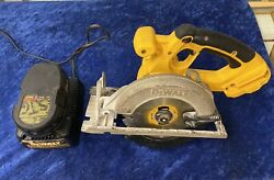 Dewalt Dc390 18v Wireless Portable Circular Saw 6.5in With Battery And Charger