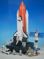 Mint Con Space Shuttle Discovery 2000s Nasa Space Chad Valley Model Die-cast 00s