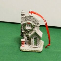 Lilliput Lane Christmas Ornament Plum Cottage Mint In Original Box With Deed.