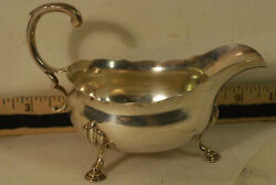 Small English Sterling Geo Lll Sauce Boat, 1763, D And R Hennell, Hove Feet