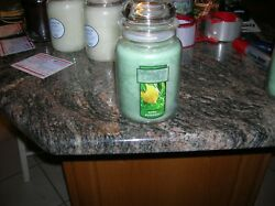 YANKEE CANDLES 1 22 0Z APRIL SHOWERS DISCONTINUED SUPER SCENTED CANDLE SHIP FREE
