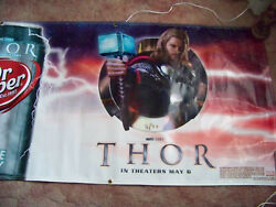 2011 Chris Hemsworth Thor Dr Pepper 9.75' X 3' Banner Quest For The Can Avengers