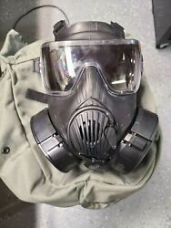 Avon M-50 Gas Mask Large With Case/filters