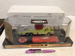 Code 3 Chicago F.d Ladder Truck 12909 New In Box 164 Scale Free Shipping